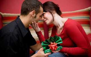 Оригинальный сюрприз подруге на свадьбу своими. Что подарить на свадьбу подруге? Как выбрать подарок