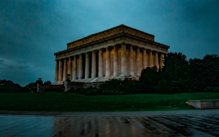 Мемориал линкольна. Мемориал Линкольна в Вашингтоне: дань памяти величайшему президенту
